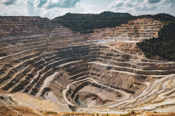 najdroższa substancja na świecie kopalnia